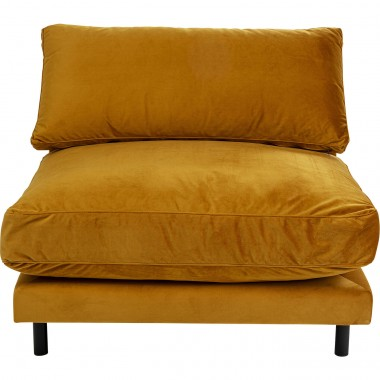 Fauteuil Discovery velours ocre Kare Design