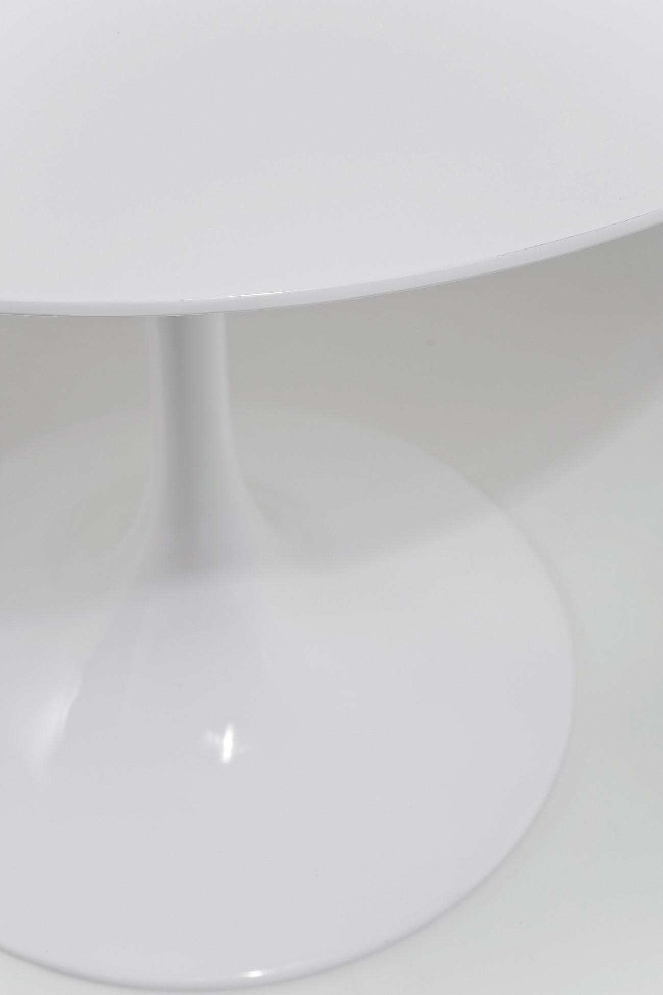 Table Invitation 90cm blanche Kare Design