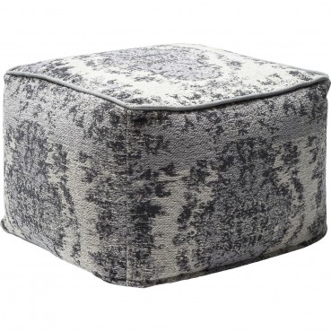 https://www.kare-click.fr/31951-thickbox/pouf-kelim-pop-gris-kare-design.jpg