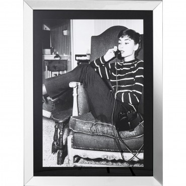 https://www.kare-click.fr/51810-thickbox/tableau-frame-relaxing-audrey-diva-120x90cm-.jpg