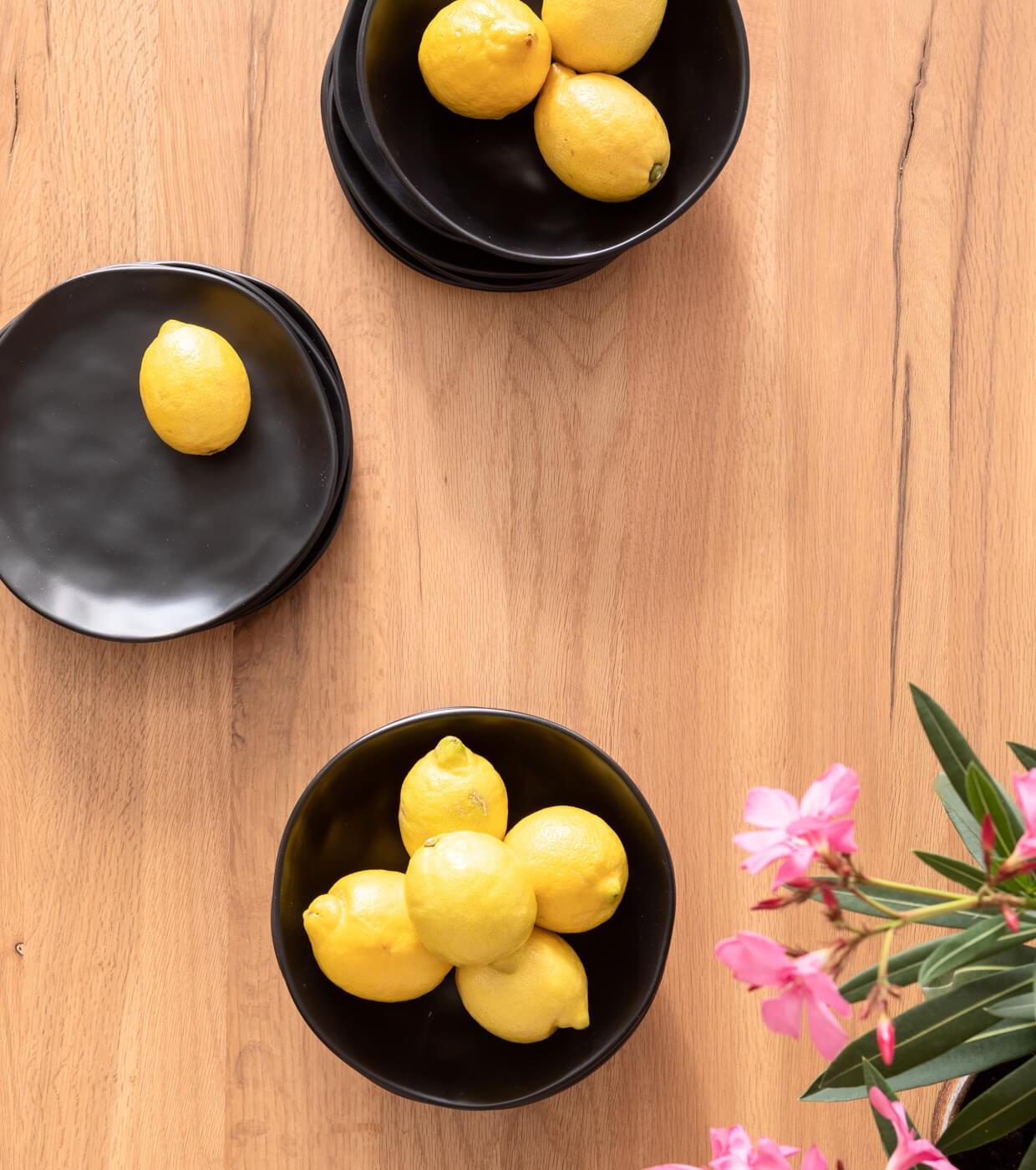 Assiettes creuses Organic noires 22cm set de 4 Kare Design
