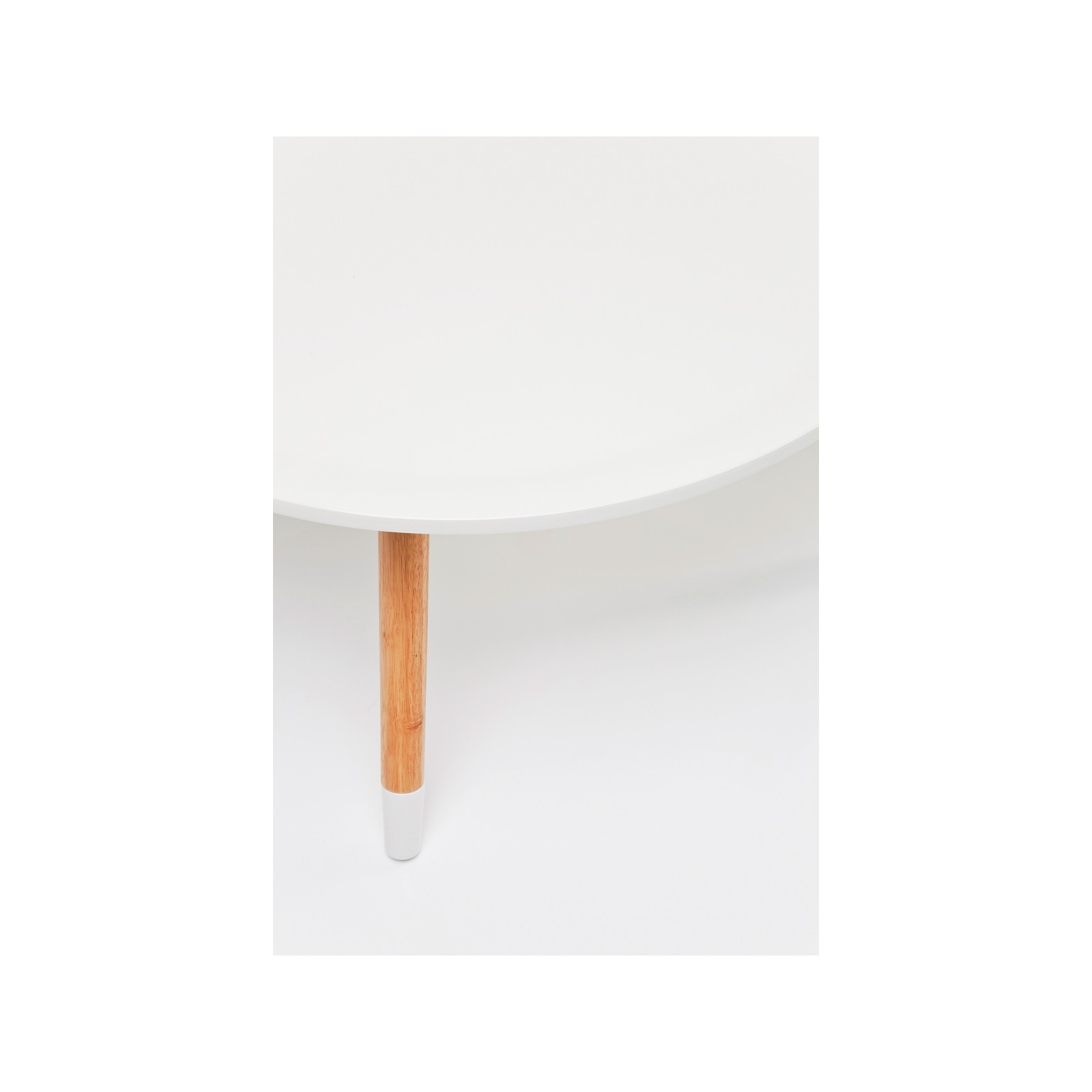 Table basse scandinave blanche blossom kare design for Table basse blanche design