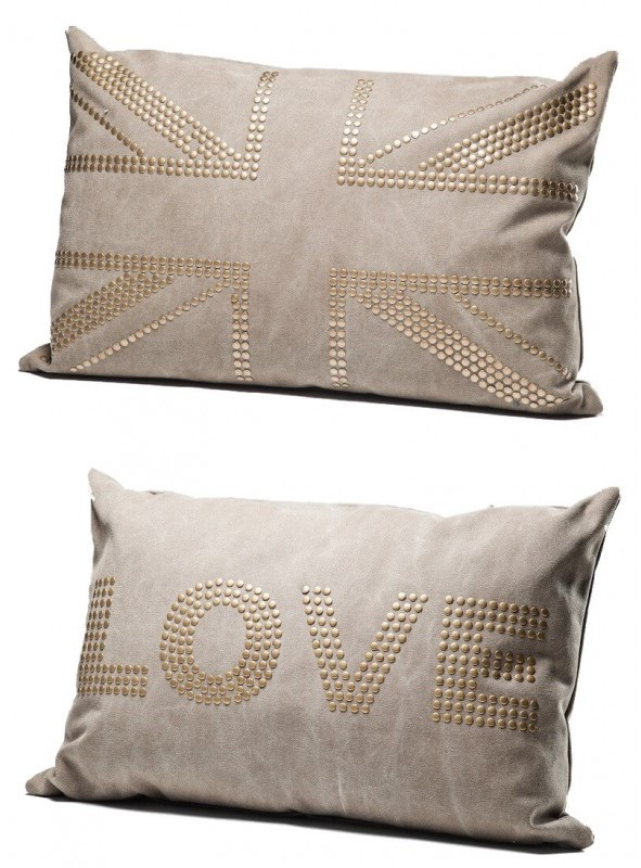 Coussin love studs marron 40x60cm kare design