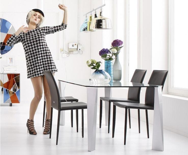 Comment bien choisir son tapis de salon salle manger - Comment chauffer son interieur en restant design ...